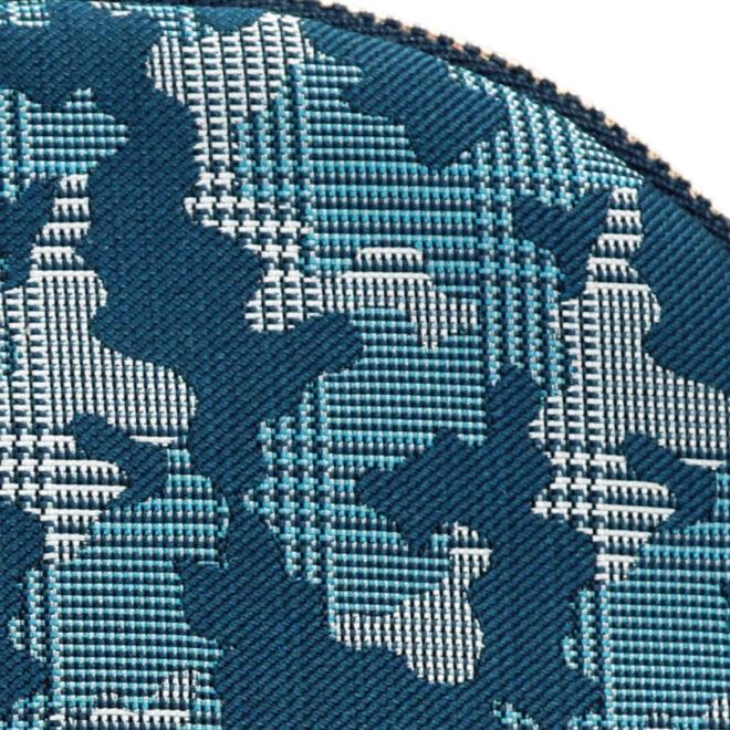 西陣織シルク・シェル型ポーチ・京組紐引手・迷彩グレンチェック・ブルー迷彩・生地拡大