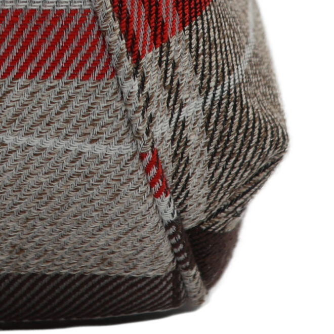 撥水加工・西陣織シルクネップ・がまぐちポシェット・メランジチェック・ベージュ・パイピング縫い拡大